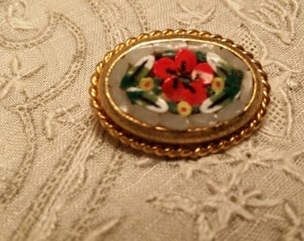 LOVELY Small Goldtone Mosaic Pin w/ Floral Design VINTAGE
