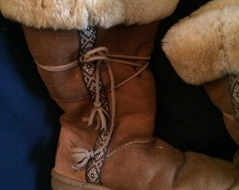 LL Bean Ugg style shearling Boots sz 9