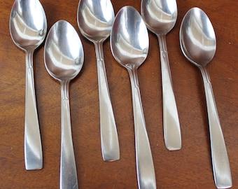 Vintage Flatware from HERALD Spoons in Stainless Silverware Korea BiN 28