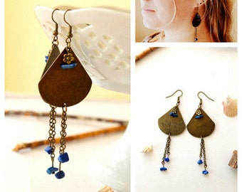 Earrings metal triangles natural stones/ blue agate