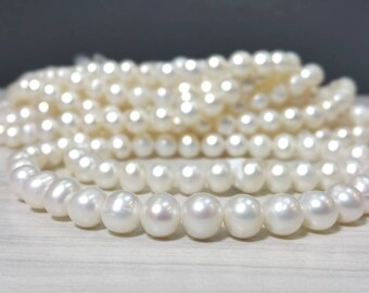 Full strand 8 to 9 mm Freshwater Pearl Potato Beads - White - Bridal Bridesmaids Pearl (G3110W38)