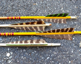 Lot of 4 Vintage  Wood Arrows Hunting Colors Feathers Colorful
