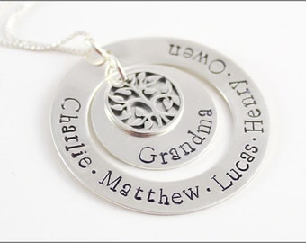 Personalized Silver Grandma Necklace | Tree of Life Charm, Grandchildren Necklace, Custom Name Jewelry, Mother's Day Gift for Grandma