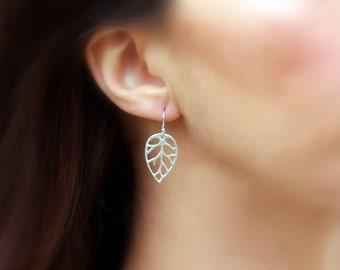 Silver Leaf Drop Earrings, Silver Dangles, Petal Dangle Earrings, Leaf Earrings, Everyday Earrings, Sterling Silver Earrings, Drop Earrings
