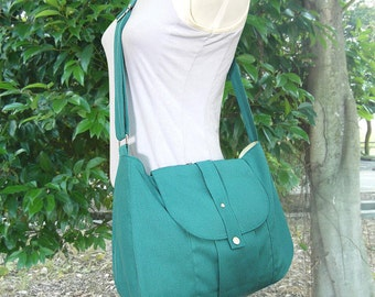 Turquoise green cotton canvas messenger bag / shoulder bag / everyday bag / diaper bag / cross body bag - 6 pockets