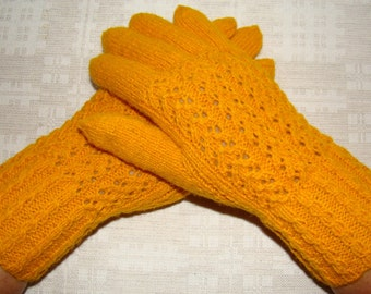 Women gloves- hand knitted from natural wool, very warm, yellow