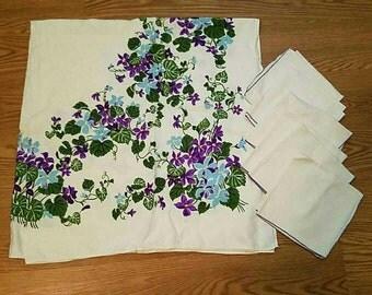 Vintage Linen Tablecloth + 6 napkins, Blue and Purple Floral pattern