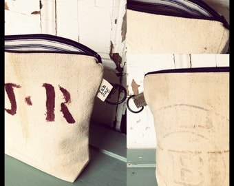 J.R. - reconstructed vintage seamless grain sack zippered pouch