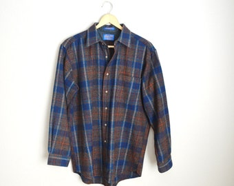 Vintage 80s  PENDLETON Blue Brown Plaid Wool Shirt // mens medium