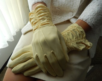 Long dress gloves that light