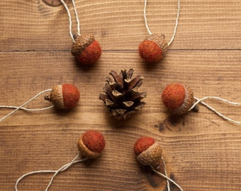 Rust Orange Felted Acorn Ornaments, Thanksgiving Decor, Felt Acorn, Autumn, Fall, Christmas, Holiday Gift Tie On, Fall, Winter, Hostess Gift
