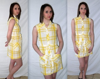 Sunny ... vintage 60s dress / 1960s mini scooter / mad men golf tennis play day / sleevless belted yellow plaid  .. XXS XS