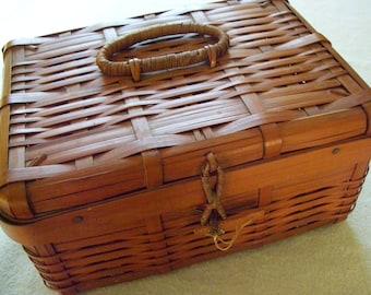 Vintage Woven Bamboo Basket Marked JAPAN, Hinged Lid, Bamboo Front Closure, Sewing Basket, Lunch Basket, Craft Storage
