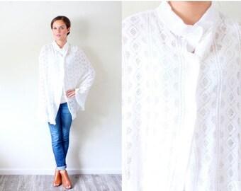 20% OFF HALLOWEEN SALE Vintage white knit sweater // knit cape cardigan // Knit shawl // Crochet sweater // oversized sweater // eyelet lace