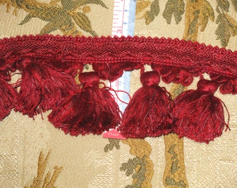 """3 Yards of Red Cotton Tassel Trim Fringe with Scalloped Edge 3"""" Long"""