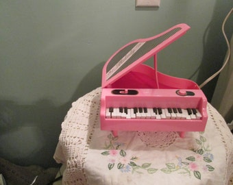 Vintage Toy Piano Musical Piano / Self Playing Music Piano / Pink Child Piano
