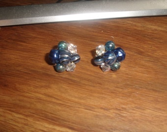 vintage clip on earrings blue lucite glass bead clusters