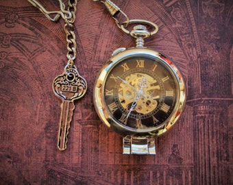 SHERLOCK HOLMES Pocket Watch/Clock-magnifying glass cover,key to 221B,single albert chain,wind-up mechanical,can stand alone for desk, shelf