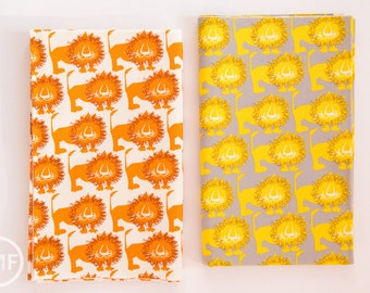 Hokkoh Lions Fat Quarter Bundle, 2 Pieces, Hokkoh Fabrics, 100% Cotton Twill Fabric, 71-205-3