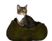Cat Bed Felted Wool Fleece Modern Primitive Cat Basket - Navajo Churro on Dill Heather - Supporting Small US Farms - Ready to Ship