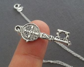 Antique Silver Key Necklace. Vitage Key Necklace. Key Pendant. Layering Necklace. Key Charm. Trendy
