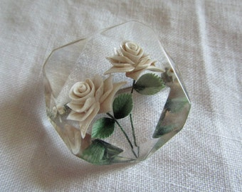 White Roses Lucite Brooch    Vintage   Reversed Carved Lucite