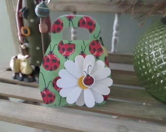 Ladybug Purse with Daisy Favor Boxes set of 10