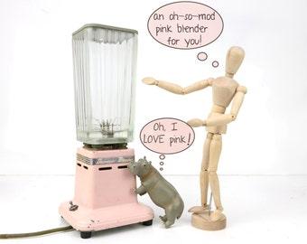 vintage pink blender, dormeyer, 1940s, 1950s, double blades, mid century, heavy glass container, vintage kitchen, kitsch