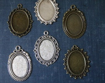 6 Vintage Oval Pendant settings ( 18mm x 25mm inside ) Antique Silver or Antique Bronze-Perfect for Wedding Bouquet Charms