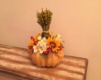 Thanksgiving Centerpiece Rustic Fall Floral Arrangement Pumpkin Centerpiece Sunflower Fall Centerpiece Autumn Berry Sunflower Floral Decor
