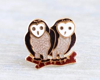 Barn Owls Lapel Pin - Couple Bird Brooch - Vintage Enamel Badge