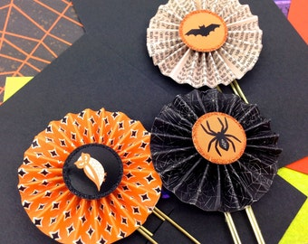 Novelty Halloween Planner Paper Clips - Black Widow Spider, Bat, Owl Bookmarks. Halloween Party Favor gifts. Set of 3 Halloween Paper Clips