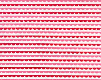 Sunrise Studio 2 - Red Border Scallop from Lakehouse Dry Goods