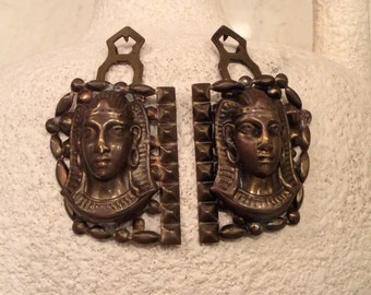 Brass Sphinx Dress Clips Vintage, Vintage Jewelry, Vintage Dress Clips, Egyptian Sphinx, Vintage Brass