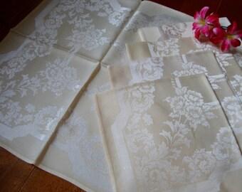 Gold Damask Napkins Set of Five Linen Napkins Vintage