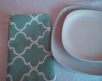 Mint and White Dinner Napkins--Set of 4