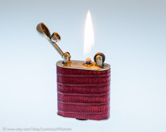 Working 1920s MEB Diplomat Lift Arm Pocket Lighter With Red Lizard Covering