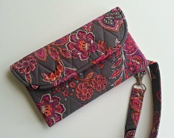 Quilted Style Wallet Wristlet Carry-all in Gray/Bright Floral print