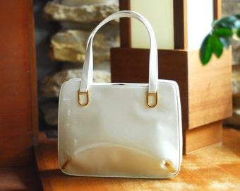 vintage 1960s I. Magnin white patent handbag / vintage purse