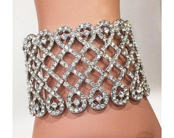 Grogeous bracelet, bridal cuff, stretchable crystal cuff, vintage inspired rhinestone bracelet, wedding jewelry, bridesmaid bracelet jewelry