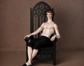 CUT PRICE! Throne 1:4 scale, black (ready-assembled)