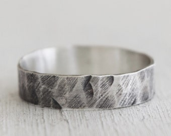 Sterling Silver Hammered Ring - Recycled Silver - Simple - Size 8.25 -  Metalwork jewelry - Rustic - Gift For Her - Weathered Silver