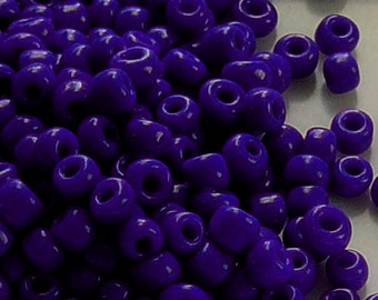 8/0 Blue-Violet Glass Seed Beads Item # BV80A