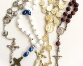 vintage rosary bracelets tenner lot assorted colors religious pocket rosaries 5 pcs lot R102