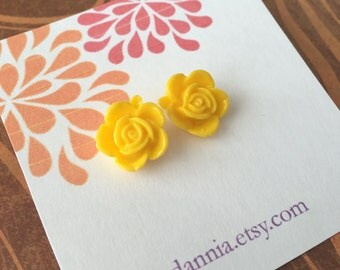 FREE shipping in the US….Yellow rose cabochon earrings