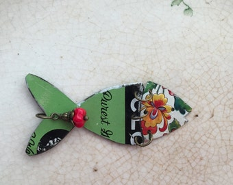 """Tin Jewelry Fish Necklace """"Fish Out of Water"""" #7 Tin for the Ten Year Tenth Wedding Anniversary"""