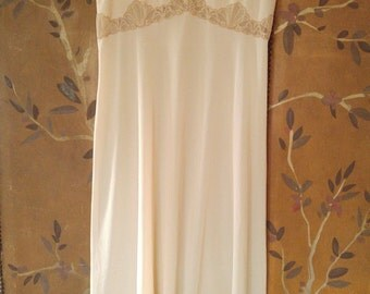 60s beige lace night dress by Emilio Pucci for Formfit Rogers