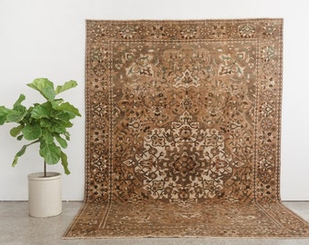 DELBAR 7x10 Hand Knotted Persian Wool Rug