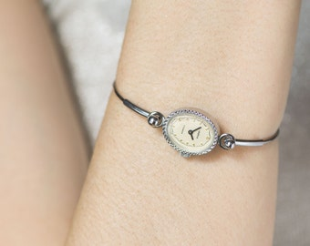 Silver shade watch bracelet Seagull, oval face lady watch bracelet tiny, beige face watch unique gift, Soviet ladies fashion watch elegant