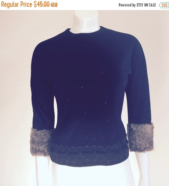 Black Sweater With Animal Fur Cuffs: 50s Top / Sweater Girl / Fur Cuffs / Sexy By